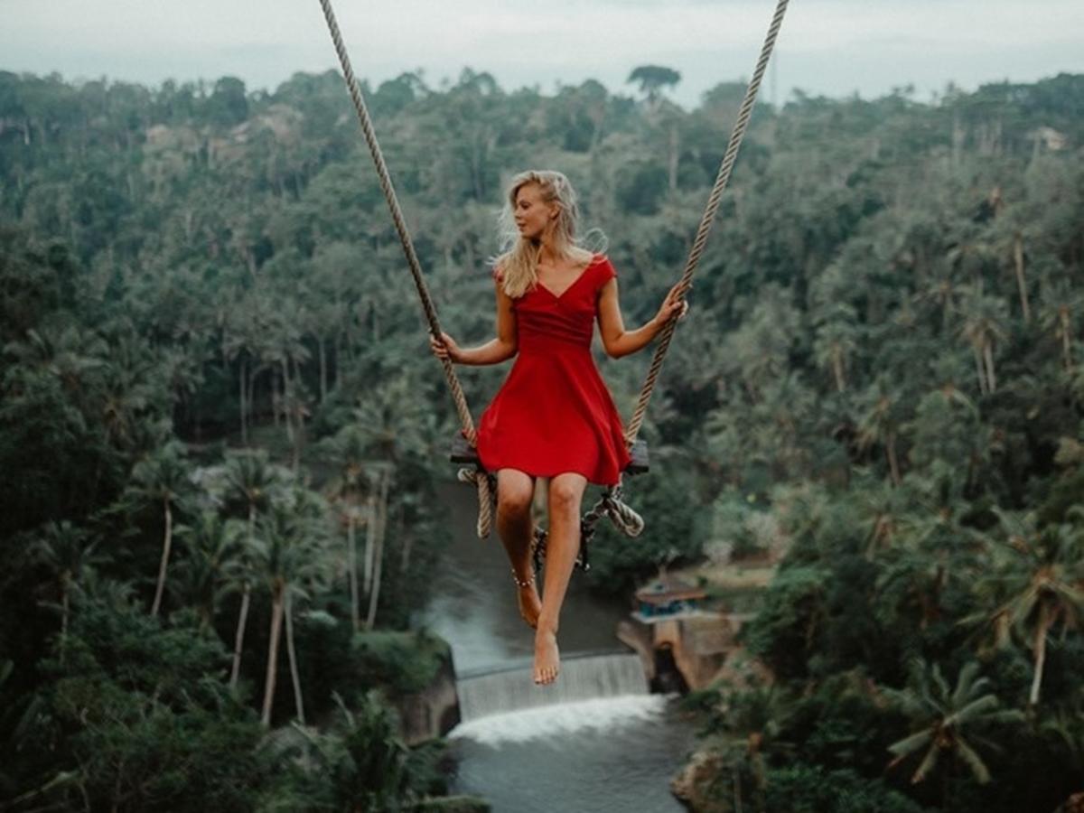 """Vi vu đến Bali không thể không đi """"đu đưa"""""""