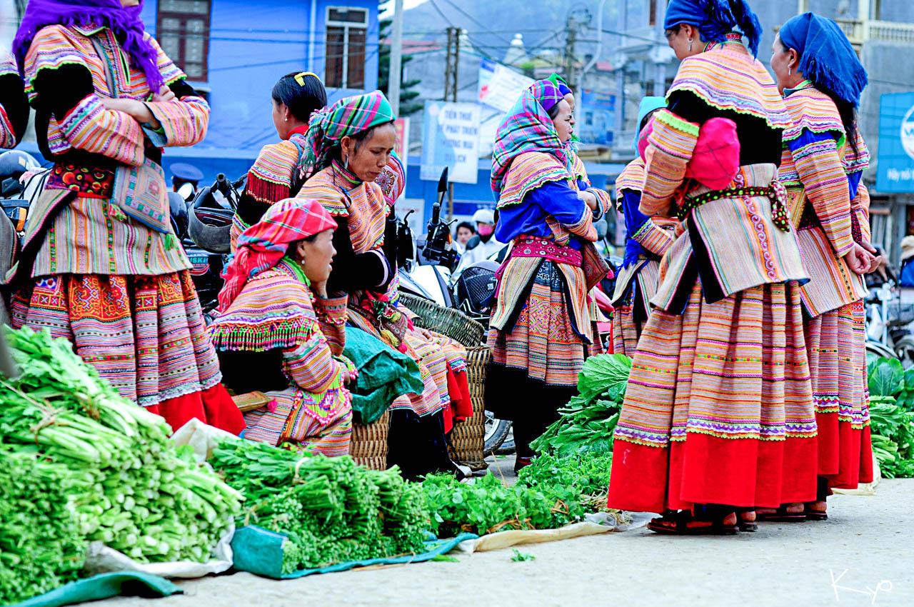 Chợ phiên Đồng Văn - Điểm hot Hà Giang