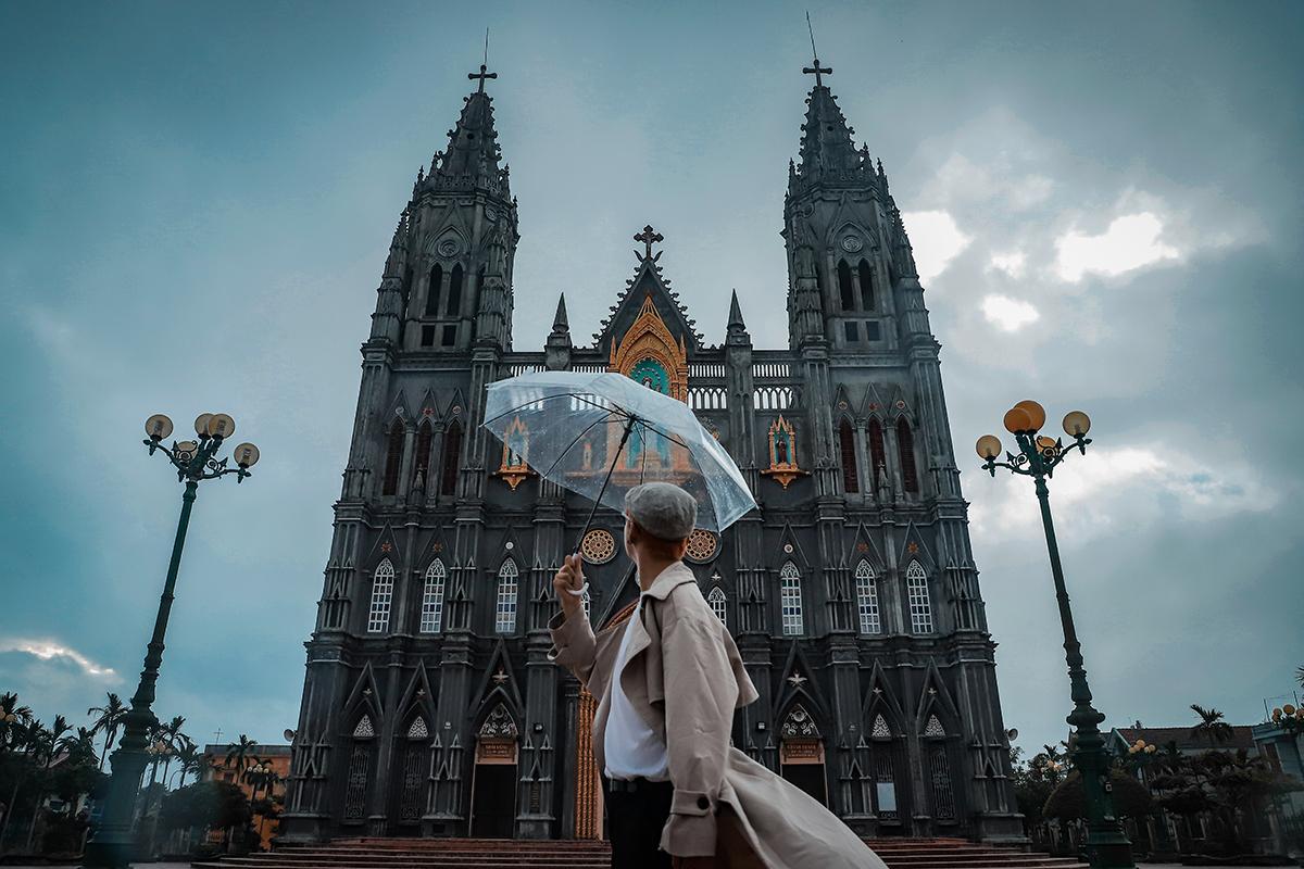 Nhà thờ Hưng Nghĩa - Lâu đài cổ tích Nam Định
